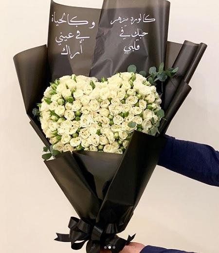 Heart Flower Bouquet       بوكيه كبير ورد وحب