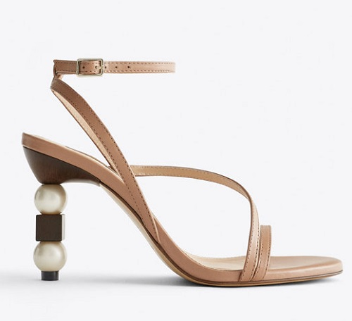 STRAPPY SANDALS WITH PEARL AND WOOD HEELS